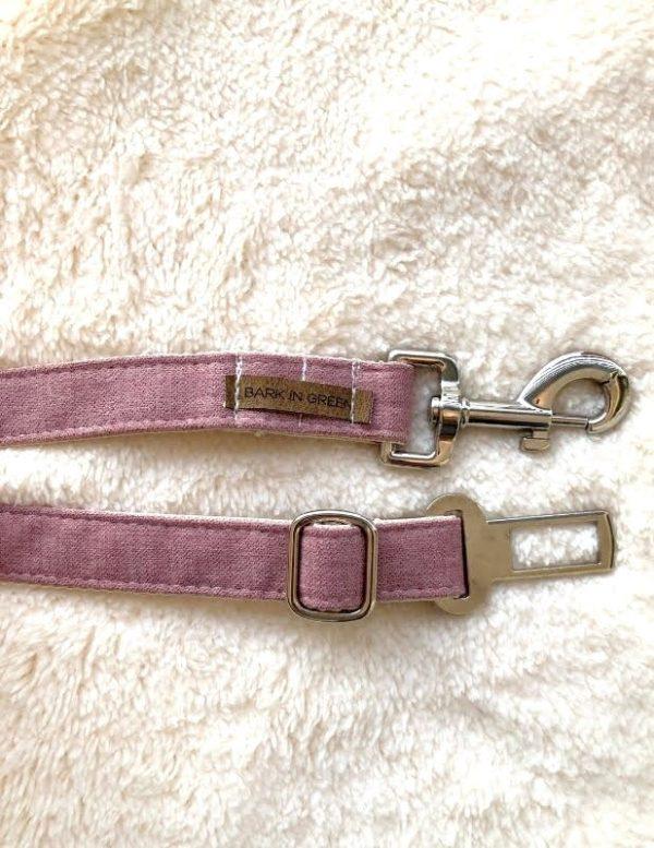 cinturón de seguridad para mascotas color rosa